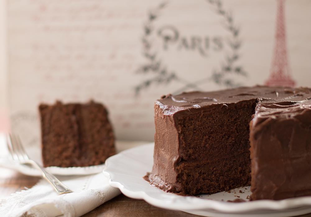 Chocolate-Cake-Sliced