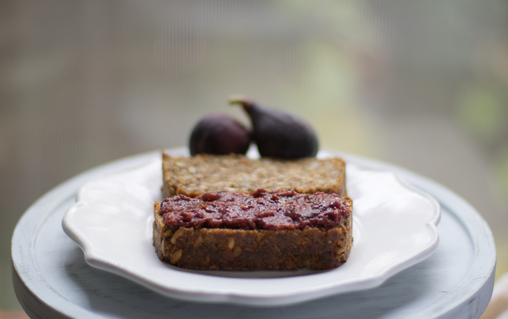 Figs-and-bread-straight
